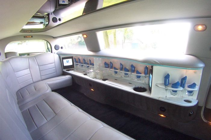 Limuzina Lincoln Town Car